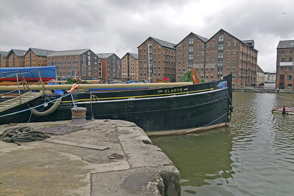 Sailing Barge GLADYS in Gloucester Docks